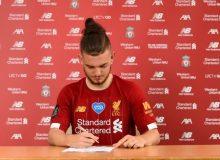 Харви Елиът подписа първия си професионален договор с Ливърпул bet365
